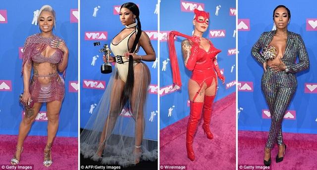 """Điểm qua những lựa chọn thời trang gây choáng nhất tại sự kiện không thể thiếu các """"nữ nhân"""" vốn nổi tiếng sexy táo bạo - Blac Chyna, Nicki Minaj, Amber Rose, Flyyy Sky (từ trái sang phải)."""