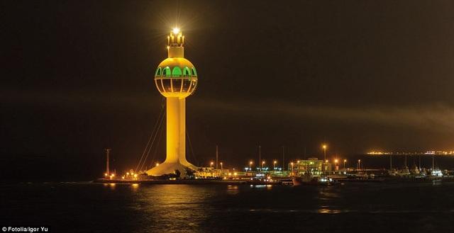 Những ngọn hải đăng độc lạ và ấn tượng nhất thế giới - 2