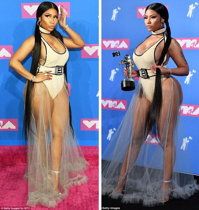 Rapper Nicki Minaj vốn không xa lạ gì với phong cách sexy táo bạo. Nicki Minaj hiện là rapper nữ nổi bật trong thị trường âm nhạc Mỹ.