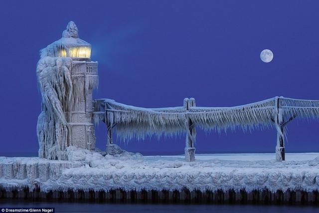 Những ngọn hải đăng độc lạ và ấn tượng nhất thế giới - 3