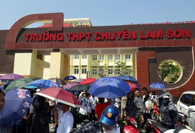 Nhiều học sinh gửi đơn phúc khảo bài thi vào trường THPT Chuyên Lam Sơn vẫn chưa nhận được kết quả