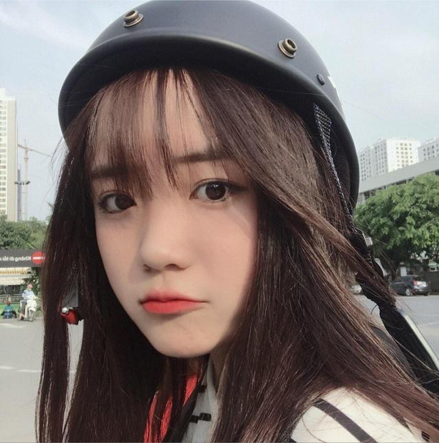 Khoảnh khắc 5 giây tình cờ nũng nịu được ghi lại giống như rất nhiều bức ảnh, clip khác nhưng đã bất ngờ khiến Nguyễn Thị Dương (sinh năm 2003, Từ Sơn, Bắc Ninh) được nhiều người biết đến.