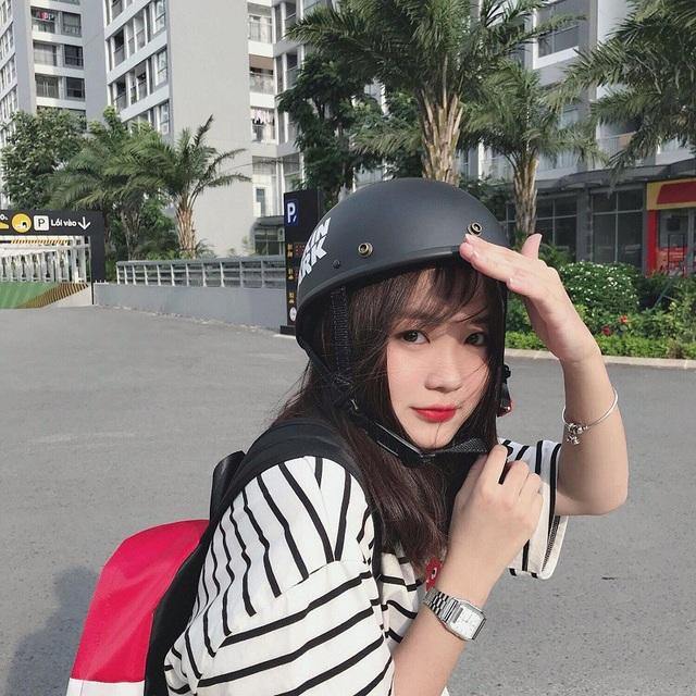 Ít ai biết trên Instagram, Dương cũng là một trong những hot teen với lượt theo dõi lên tới hơn 35.000 người.