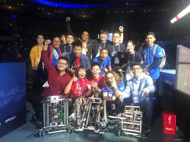 Không chỉ là sân chơi công nghệ, cuộc thi còn là ngày hội giao lưu văn hoá của hơn 100 quốc gia đến từ khắp 5 châu.