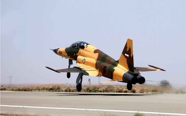 Máy bay chiến đấu Kowsar mới của Iran (Ảnh: AFP)