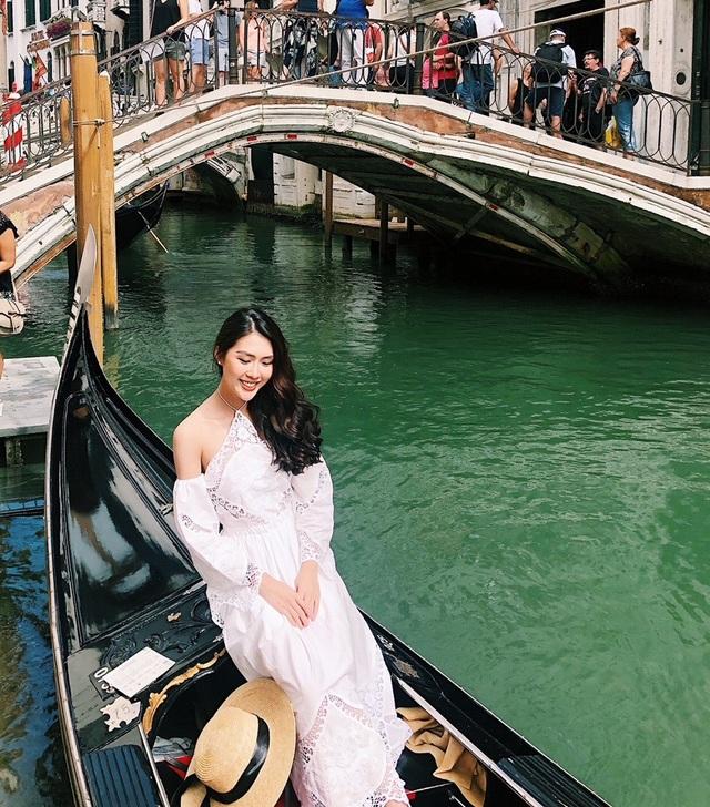 Hoà mình trong không gian của thành phố xinh đẹp Venice.