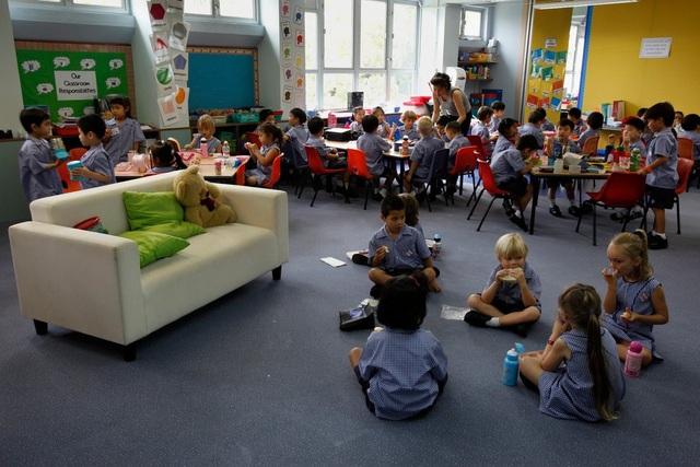 Học sinh tại một trường quốc tế ở Hong Kong năm 2011 (Ảnh: New York Times)