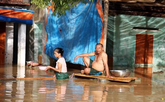 Nhận sự chỉ đạo của của chính quyền địa phương, người dân xã Thanh Xuân đã di tản đến vùng an toàn. Đây là địa phương bị thiệt hại nặng nề nhất của huyện Thanh Chương cho đến thời điểm này.
