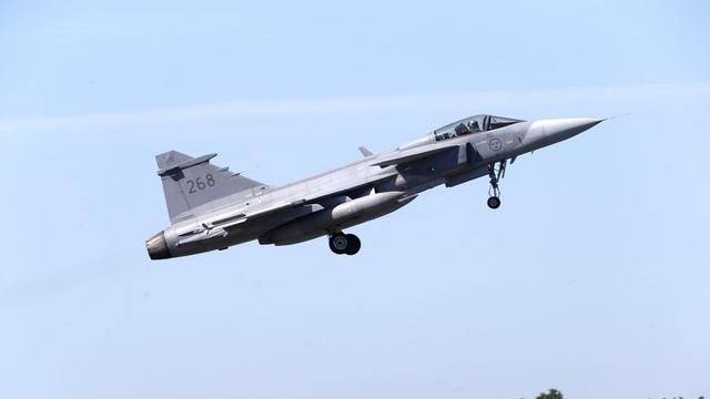 Một máy bay chiến đấu JAS 39 Gripen của Không quân Thụy Điển (Ảnh: Reuters)