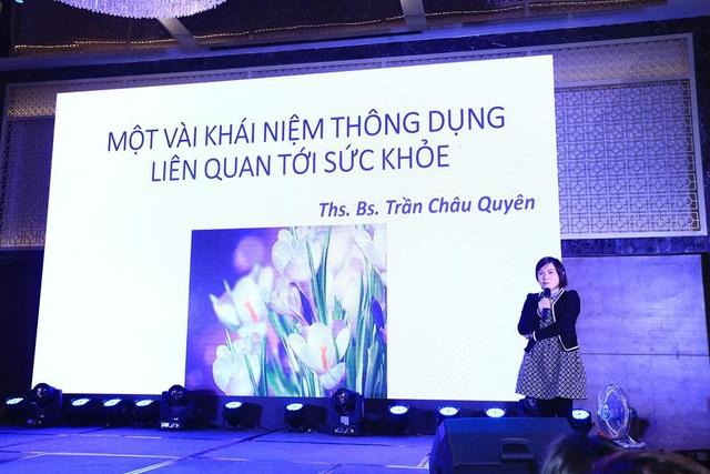 BS Châu Quyên tư vấn về công dụng của nhụy hoa nghệ tây trong lễ ra mắt thương hiệu Saffron Việt Nam hồi tháng 12/2017