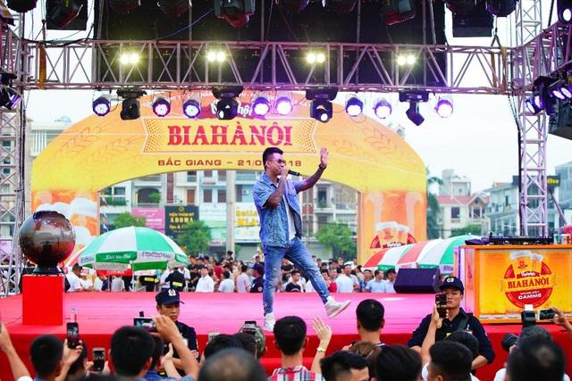 """Ngày hội Bia Hà Nội tại Bắc Giang: """"Vui không khoảng cách"""" - 3"""