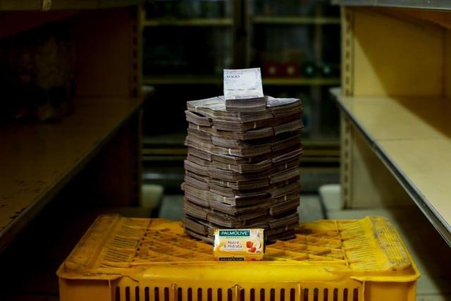 Một bánh xà phòng có giá 3,5 triệu Bolivar (tương đương 0,53 USD). (Nguồn: Reuters)