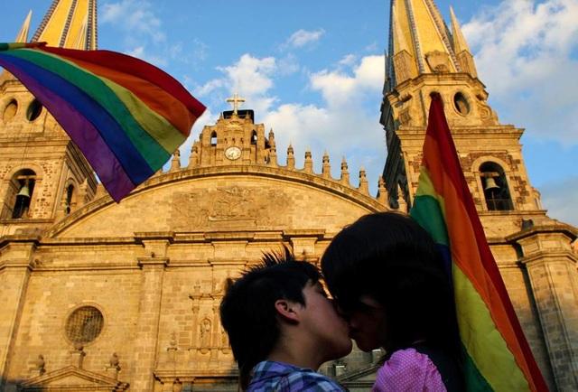 Thành phố Guadalajara, Mexico vừa thông qua luật cho phép được quan hệ tình dục nơi công cộng, miễn không để người khác khiếu nại