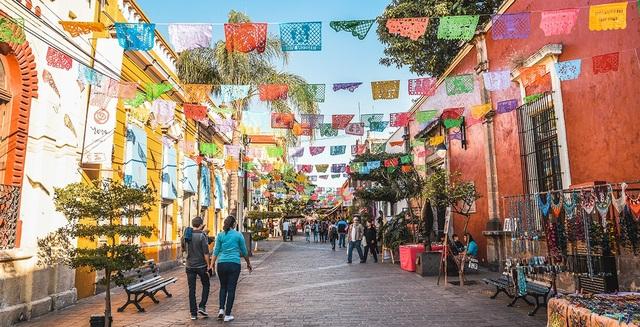 Luật mới thông qua ở thành phố Guadalajara dấy lên nhiều tranh cãi trong dư luận