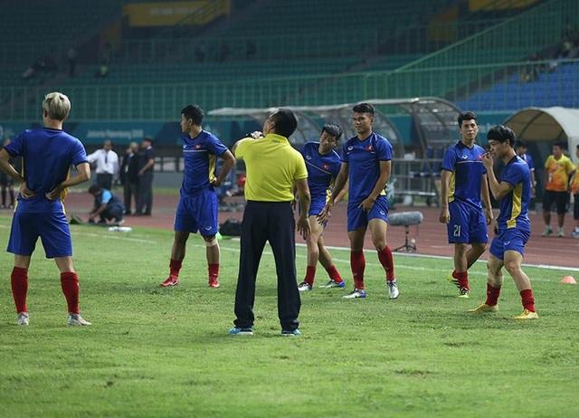 Olympic Việt Nam 1-0 Olympic Bahrain: Công Phượng lập công - 18