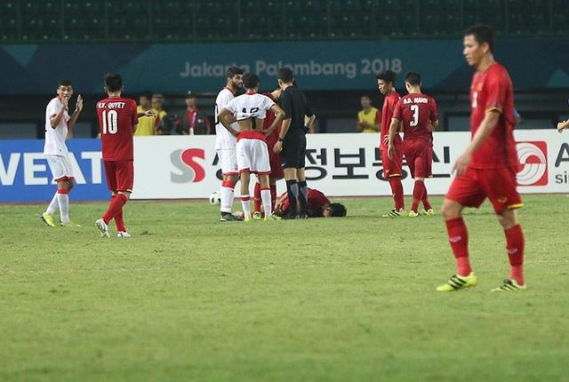 Olympic Việt Nam 1-0 Olympic Bahrain: Công Phượng lập công - 9