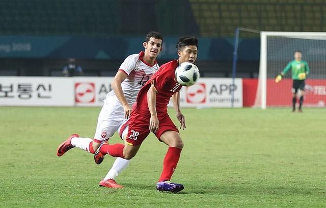 Olympic Việt Nam đã thi đấu khôn ngoan trước Bahrain (ảnh: Huyền Trang)
