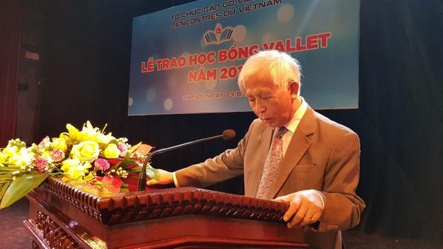 GS Trần Thanh Vân phát biểu cảm ơn quỹ Học bổng Vallet.
