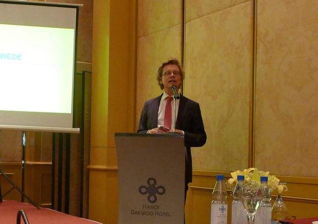 Đại sứ Thụy Điển Pereric Hogberg phát biểu tại sự kiện. (Ảnh: Minh Phương)