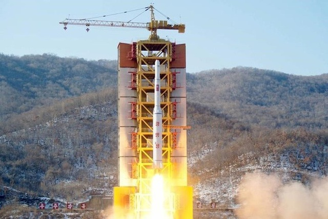 Bãi thử động cơ tên lửa lãnh đạo Triều Tiên Kim Jong-un cam kết phá hủy là bãi phóng vệ tinh Sohae. Ảnh: Reuters.