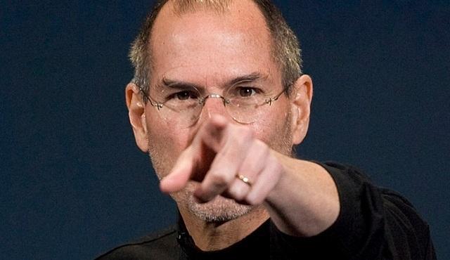 Steve Jobs là thiên tài, nhưng cùng với đó là một cá tính khác người, và khá cay nghiệt.