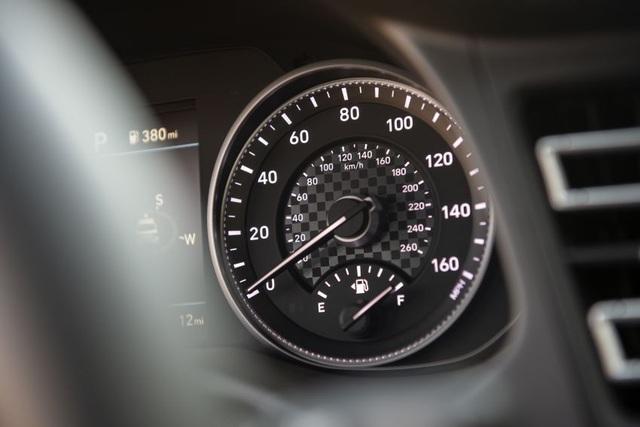 Hyundai nâng cấp Elantra, thêm nhiều trang bị - 15