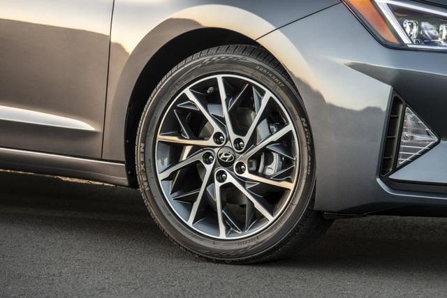 Hyundai nâng cấp Elantra, thêm nhiều trang bị - 7