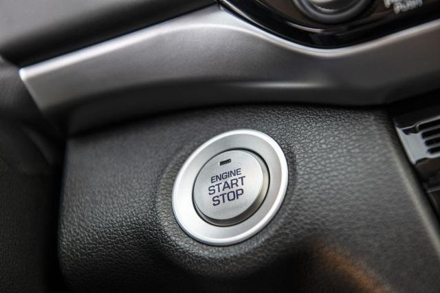 Hyundai nâng cấp Elantra, thêm nhiều trang bị - 17