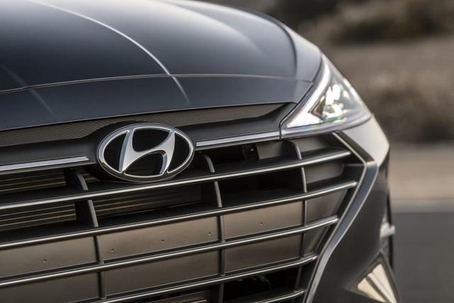Hyundai nâng cấp Elantra, thêm nhiều trang bị - 6