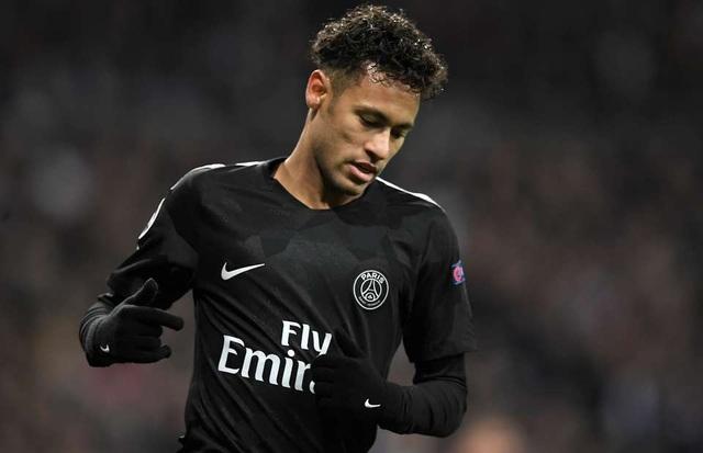 Neymar đang có khoảng thời gian khó khăn ở Paris Saint-Germain