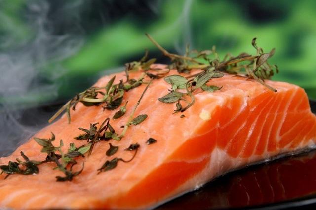 Trẻ hóa làn da với 10 thực phẩm dễ tìm - 9