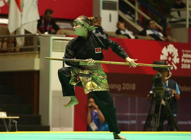 Nữ vận động viên Pencak Silat Vương Thị Bình