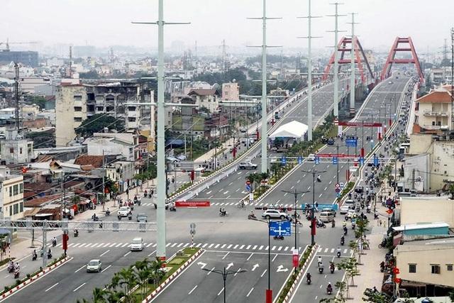 """Nổi bật nhất khiến bất động sản Thủ Đức ngày càng """"sốt"""" là khi hoàn thiện trục đường lớn 60m Phạm Văn Đồng nối trung tâm thành phố tới hết quận Thủ Đức."""