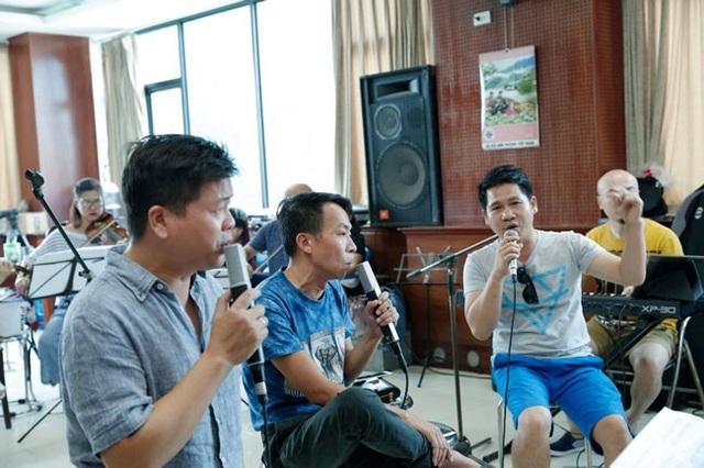 Tam ca sẽ hoà quyện trong các bản nhạc Nga, classic kinh điển thế giới và ngẫu hứng các ca khúc dân gian Việt Nam.
