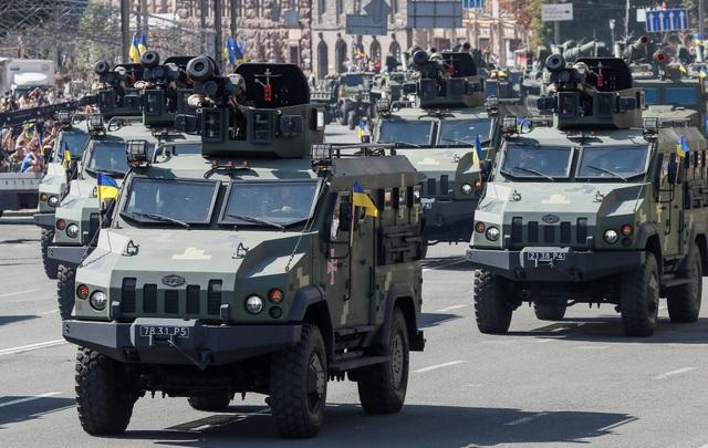 Đội tên lửa chống tăng Javelin (Ảnh: Reuters)