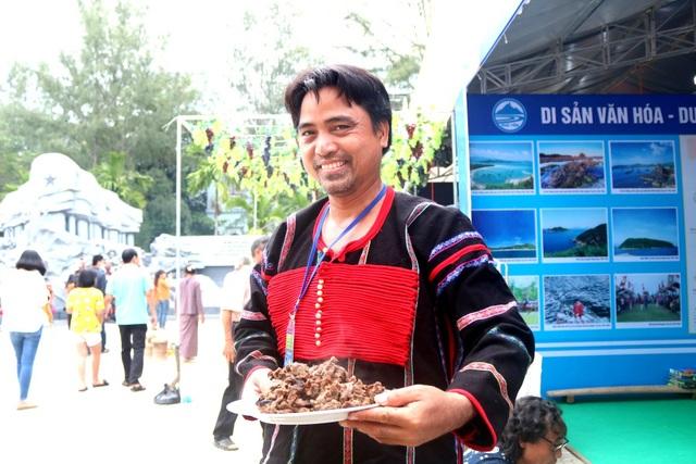 Món thịt bò nướng của đồng bào Êđê ở tỉnh Phú Yên