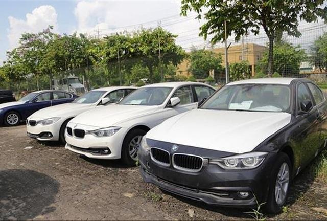 Lô xe 133 ô tô BMW của Euro Auto nhập về vẫn đang nằm cảng VICT