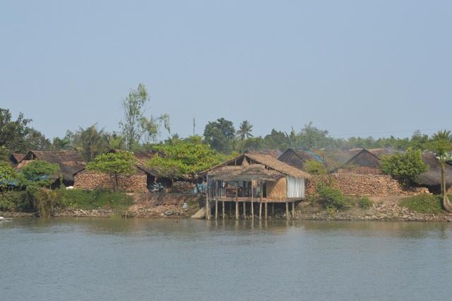 Làng hầm than ở xã Xuân Hòa, huyện Kế Sách, tỉnh Sóc Trăng.
