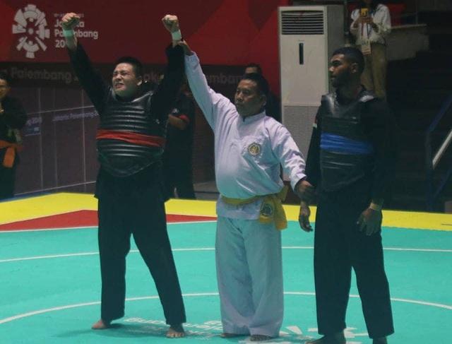 Nguyễn Văn Trí dành chiến thắng áp đảo 5-0 trước đối thủ người Singapore để ghi danh vào trận chung kết.