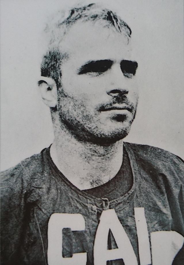 John McCain trải qua gần 6 năm là tù nhân chiến tranh tại Việt Nam.