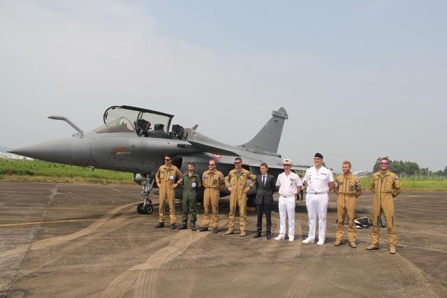Cận cảnh dàn chiến đấu cơ của Không quân Pháp tại Nội Bài - 5