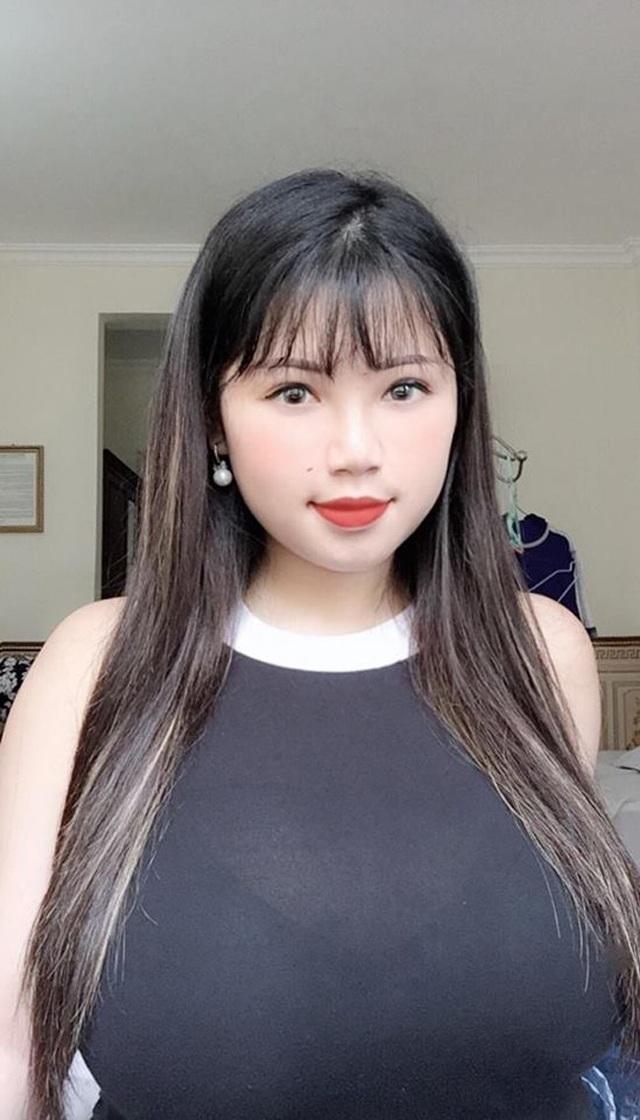 Gái Việt lên báo nước ngoài: Người bị chỉ trích, người được ca ngợi như nữ thần - 19