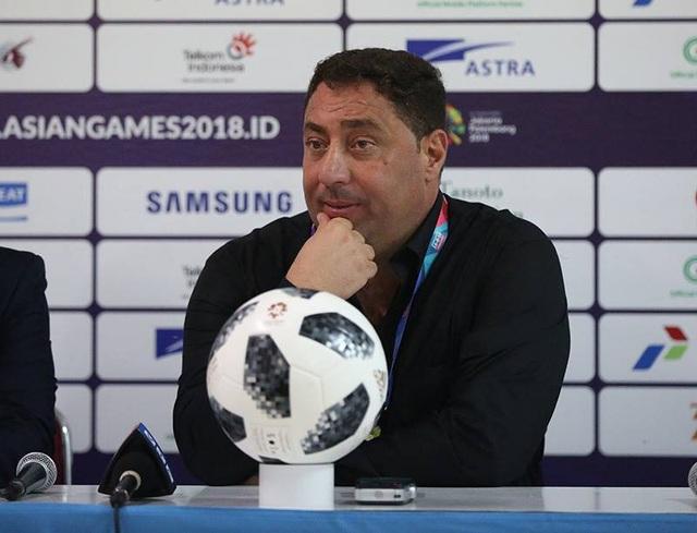 HLV Alfakeer Muhannad của Olympic Syria thất vọng khi đội nhà không thể đi tiếp