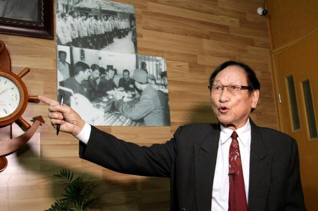 Đại tá Trần Trọng Duyệt, cựu Trại trưởng nhà tù Hỏa Lò (Ảnh: AFP)
