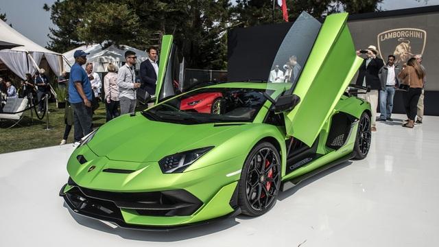 Lamborghini Aventador SVJ vừa trình làng tại lễ hội xe hơi quý tộc nổi tiếng Concours d'Elegance ở Pebble Beach, California (Mỹ).