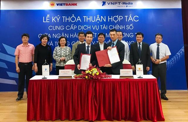 Vietbank và VNPT-Media ký kết hợp tác cung cấp dịch vụ tài chính số.