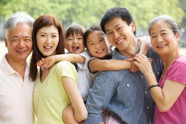 """Với sản phẩm bảo hiểm """"An Phát Trọn Đời"""", bạn và gia đình yên tâm với mọi cuộc vui"""