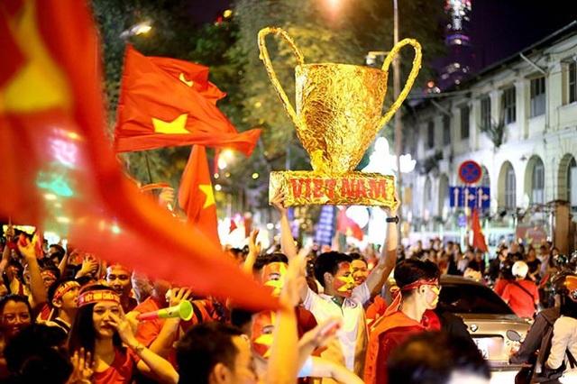 90 triệu con tim của người dân Việt Nam vỡ oà trong niềm hạnh phúc