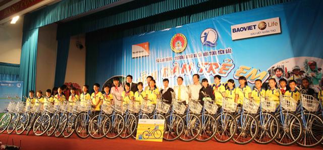 Bảo Việt Nhân thọ đồng hành cùng học sinh nghèo tỉnh Yên Bái