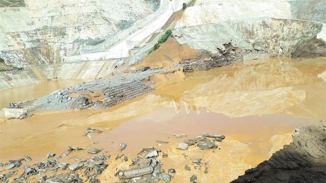 Sự cố ở hầm dẫn Thủy điện Sông Bung 2 nhưng 2 năm sau vẫn chưa làm rõ trách nhiệm của nhà thầu (Ảnh VNN)